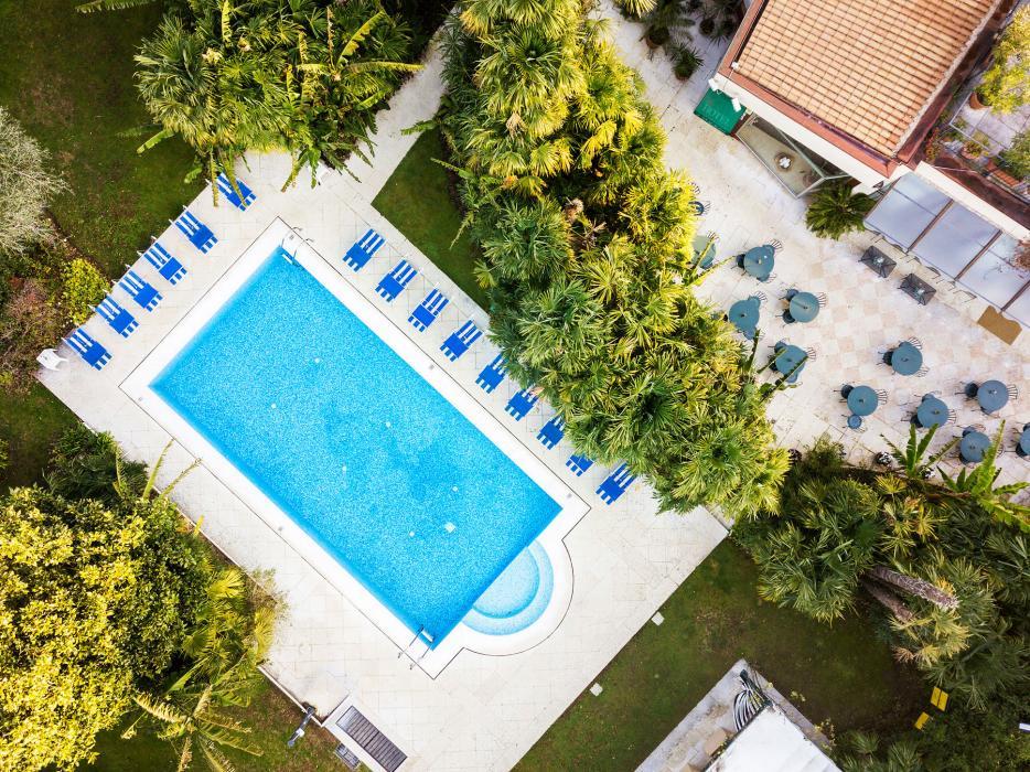 10drone-piscina-4stagioni